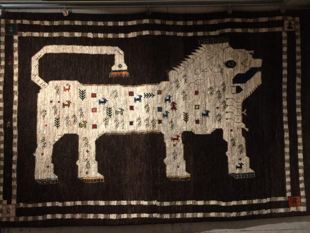 手織り,草木染め,敷物,ラグ,カーペット,イラン,遊牧民,静岡市,パシャ,アートライン,セール