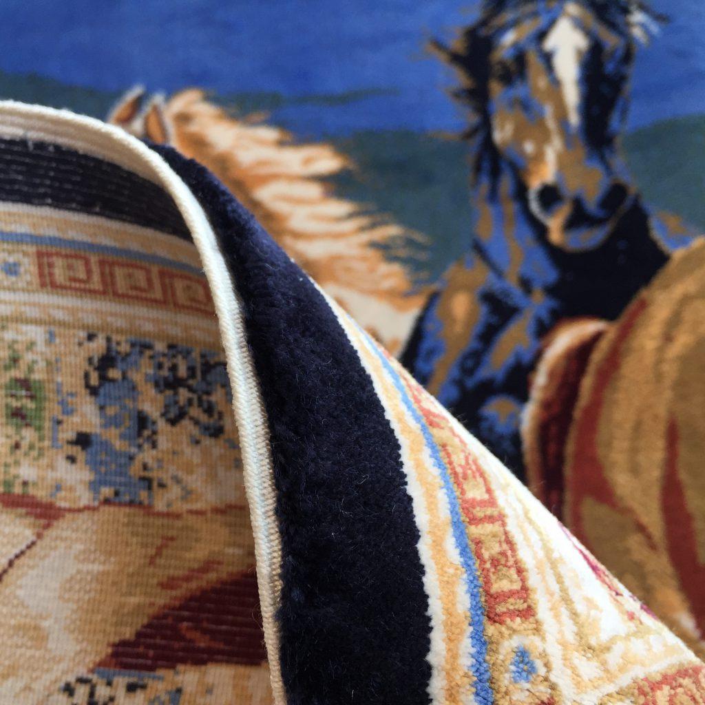 絨毯,絵画,シルク絨毯,絵画絨毯,馬の絵,タペストリー,バンブーシルク,海外インテリア,新築,トルコ絨毯,静岡,呉服町,家具