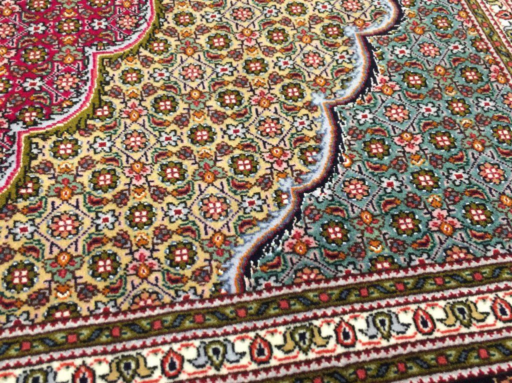 イラン,タブリーズ,絨毯,ペルシャ絨毯,ウール,手織り,ヘラティ文様,リズ・マヒ,インテリア,静岡,呉服町