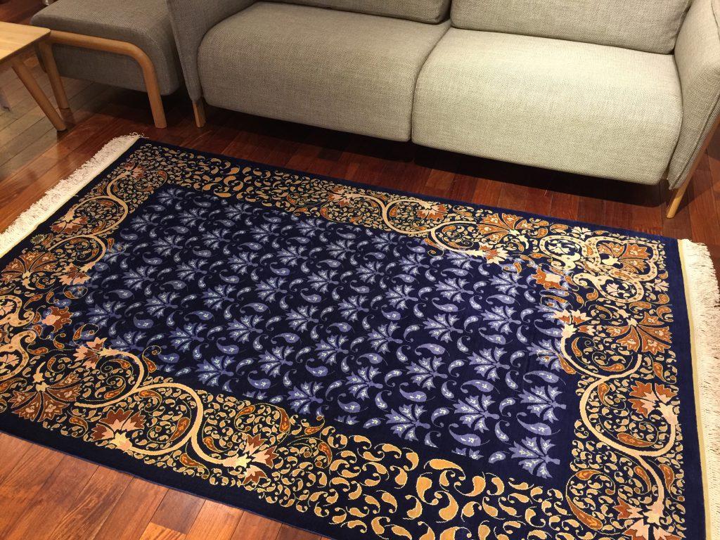 シルク絨毯,手織,素敵,うっとり,美しい,敷物,ラグ.,トルコ,静岡,呉服町,パシャ,アートライン