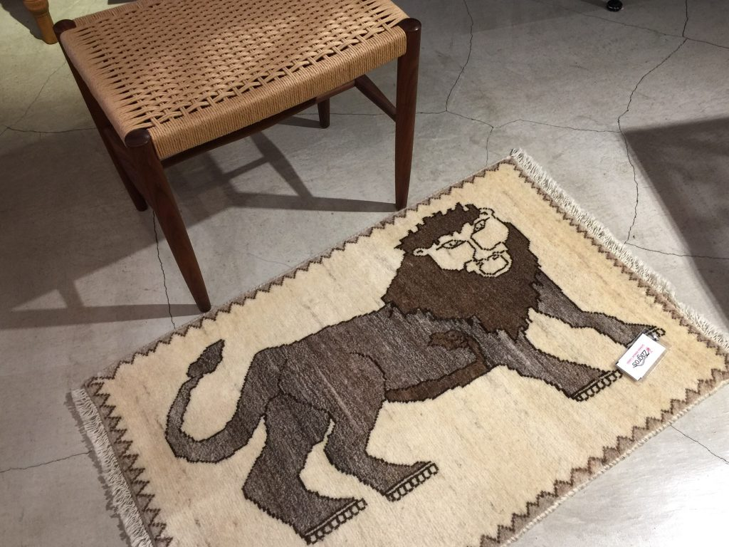 ギャッベ,羊毛,ナチュラル,イラン,手織り,ギャッベのある暮らし,心地よい,癒し