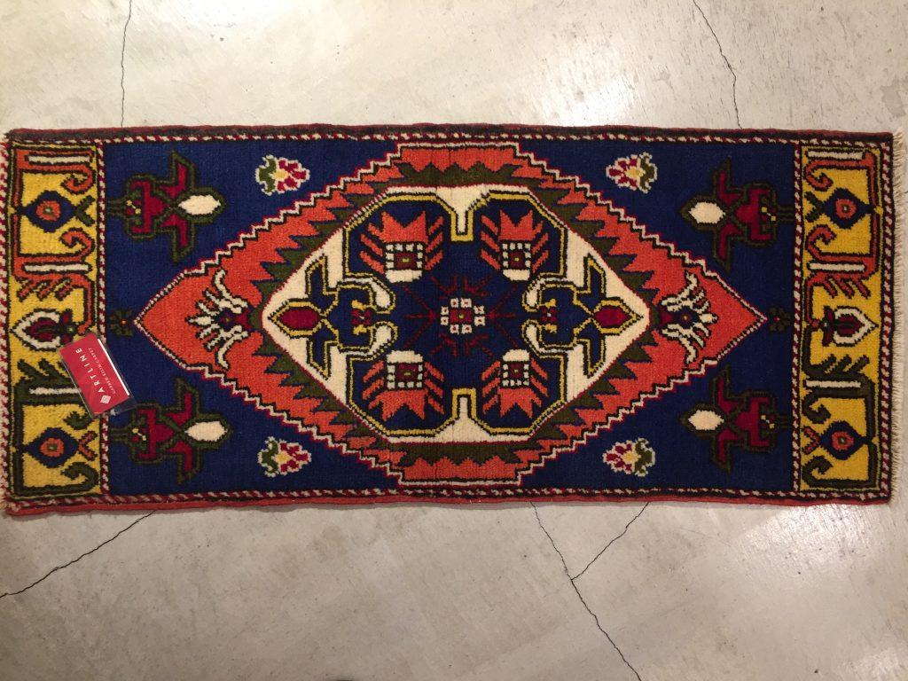 アナトリア ヤストゥク絨毯  110×48