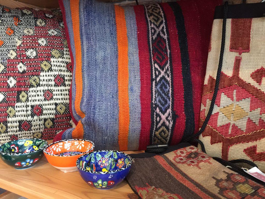 キリムクッション  キリムポシェット,トルコ陶器